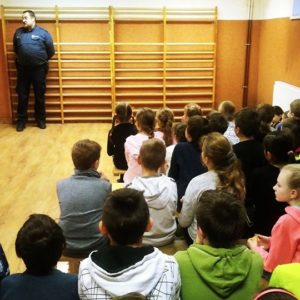 Spotkanie profilaktyczno – edukacyjne z udziałem przedstawiciela Policji